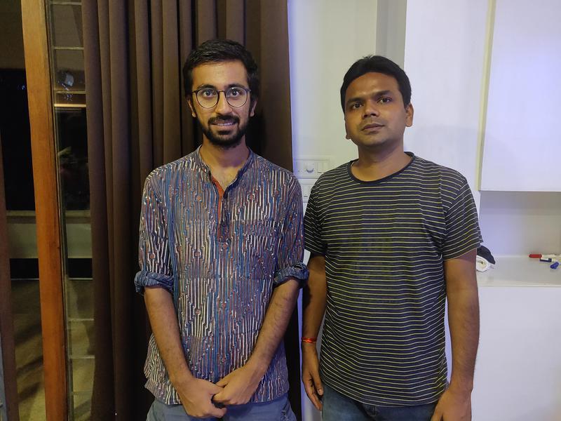 Photographer:Akshay | Rishabh (Left) with one of his students, Pratyush (Right) after an SEA Talk
