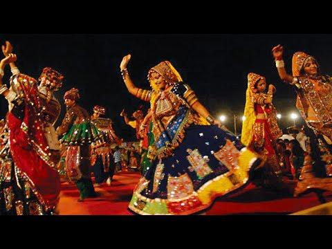 Photographer:Source: Internet | Dancers performing the folk dance Garba