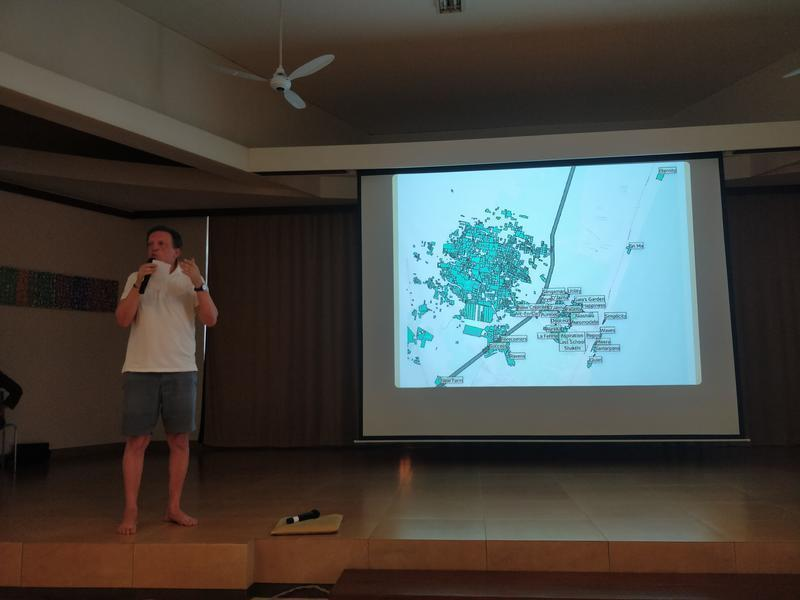 Photographer:Avdhi | Francois explaining the effect of the highway on Auroville and how it can be protected