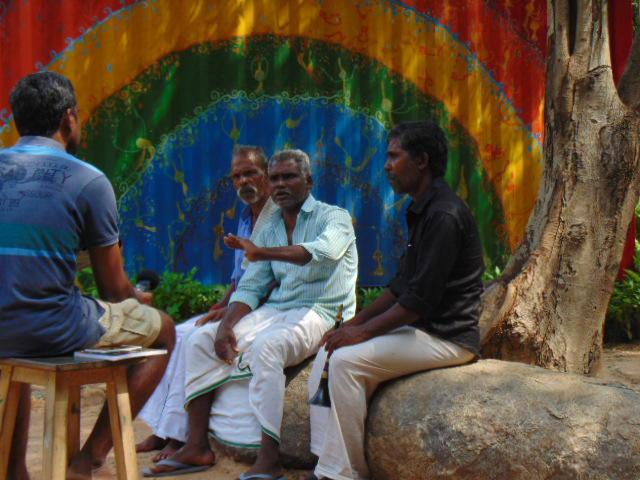 Photographer:Gabriel | Three members gathered at SVARAM sound garden
