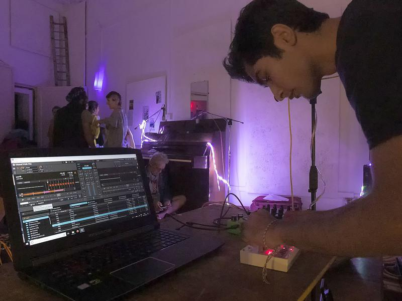 Photographer:Piero Cefaloni | Aarnav keying up 2C?B techno music