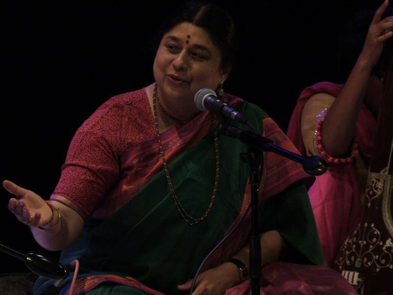 Photographer:Wobbli | Kalapini Komkali sings raga