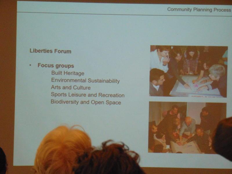 Photographer:Yela | Clare presenting Community Planning Process