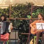 <b>Livley Up Your Earth - Duo Beretiko played east European folk songs</b>
