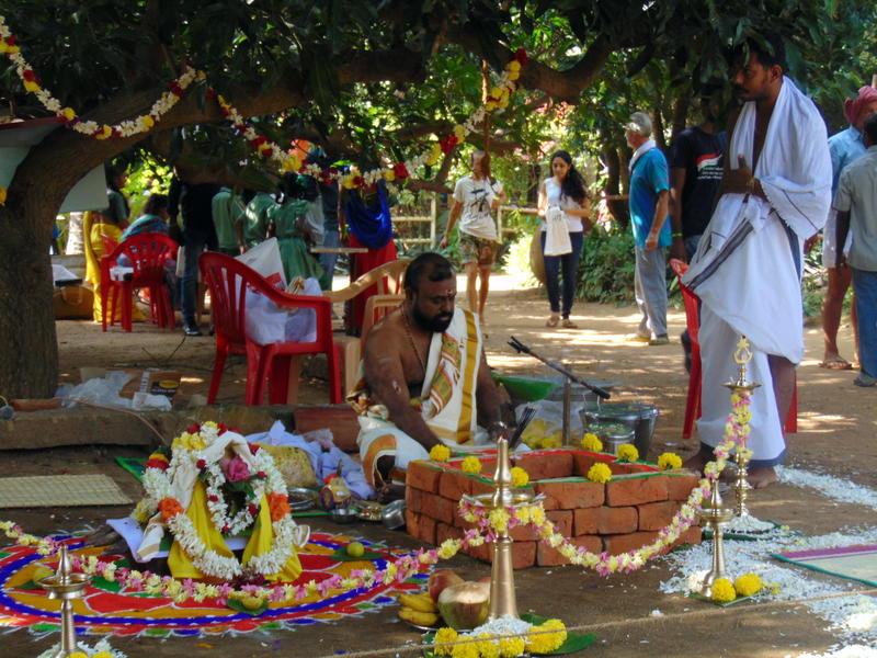Photographer:Zoya | preparations on pooja
