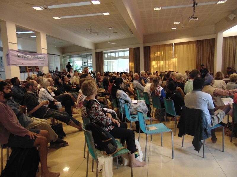 Photographer:Jana   numerous audience