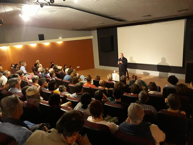 Photographer:French Pavilion   La salle comble du cinéma Paradisio