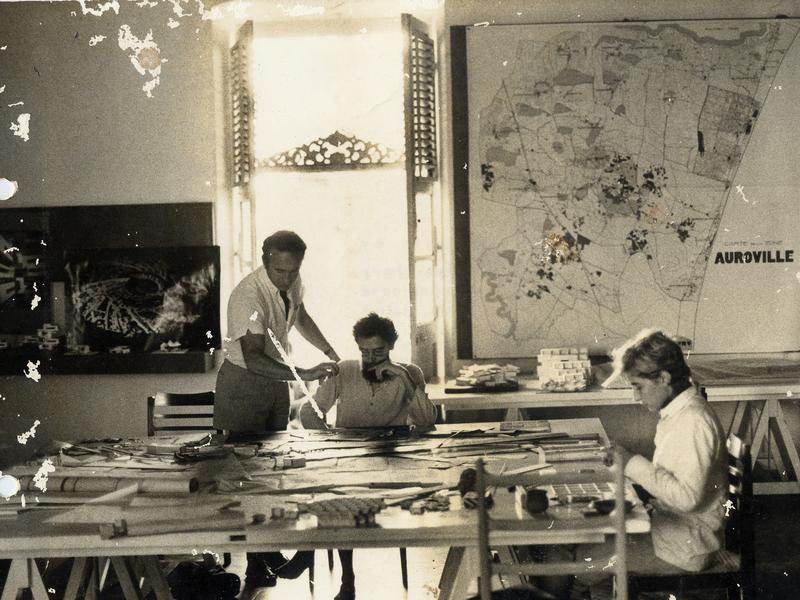 Photographer:Auroville Archives | Roger Anger Auroville planning office in Pondicherry