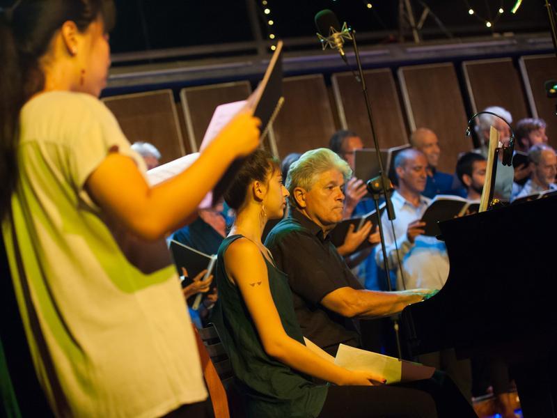 Photographer:Marco Saroldi   The Choir and Carel