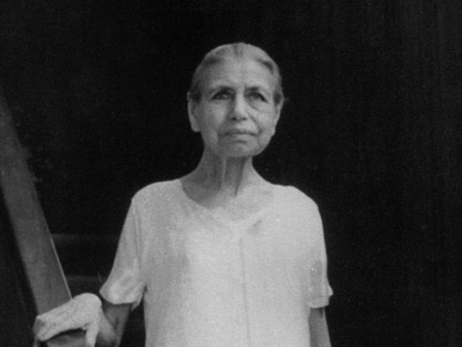 Photographer:Ashram Archives   Mother 1960