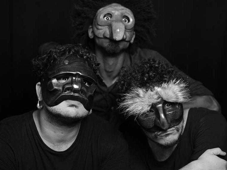 Photographer:Nd | Maskmaking1