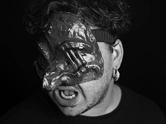 Photographer:Nd | Maskmaking5